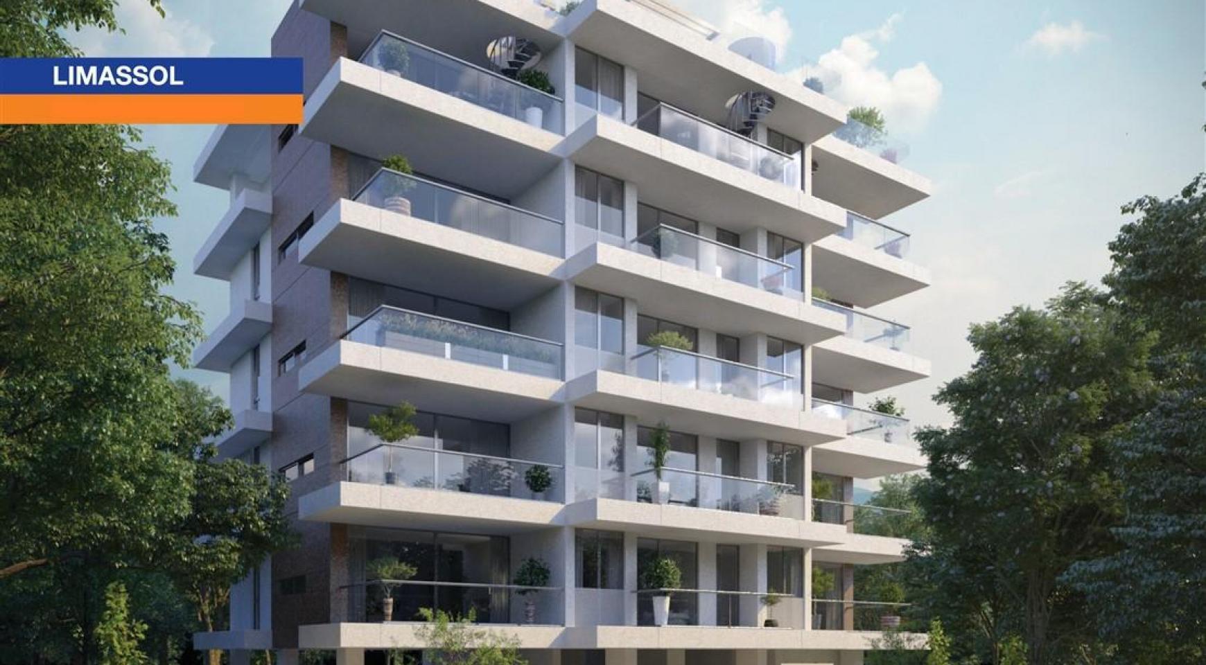 Новая Просторная Односпальная Квартира в Районе Неаполис - 1
