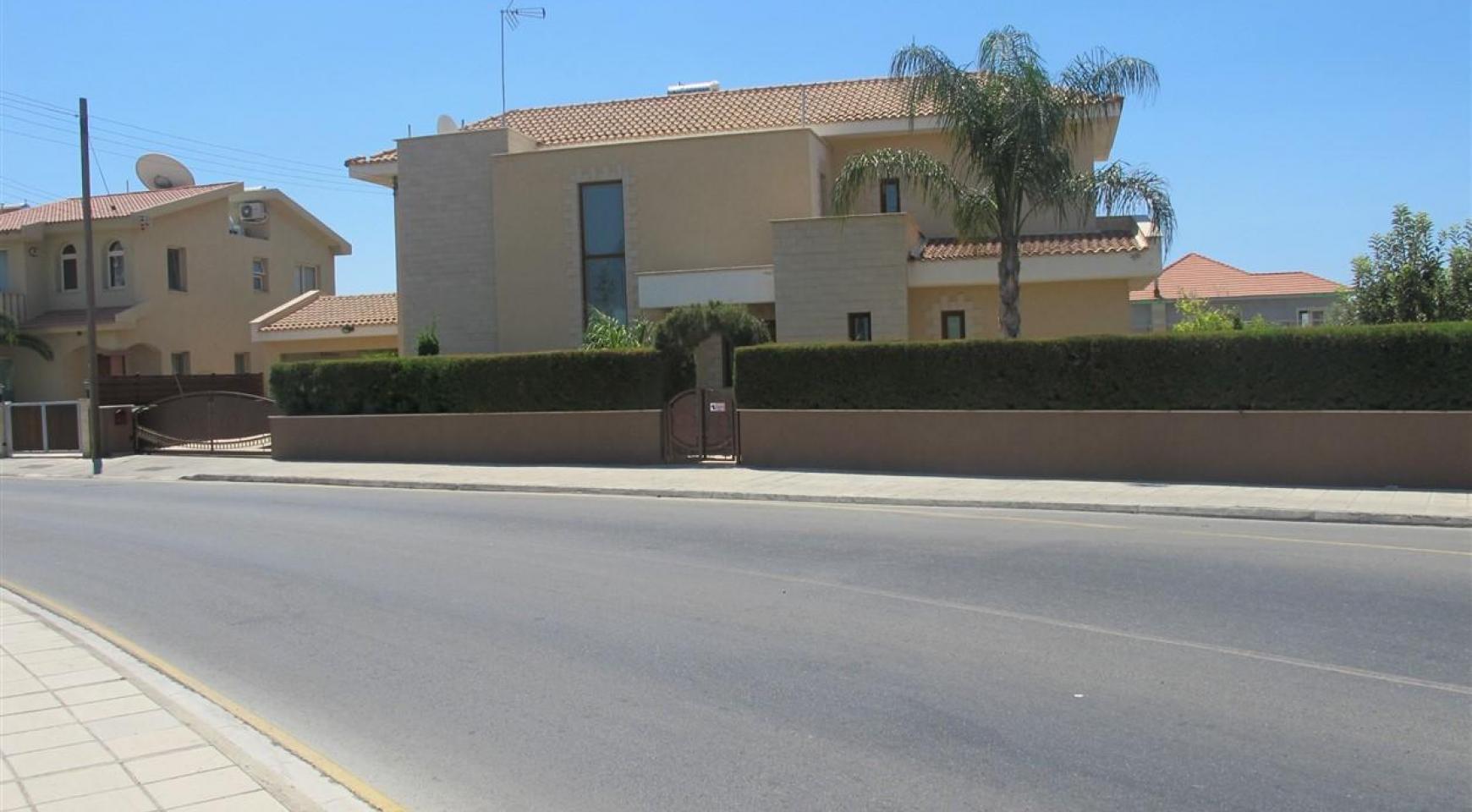 Просторная 5-Спальная Вилла в Районе Потамос Гермасойя - 3