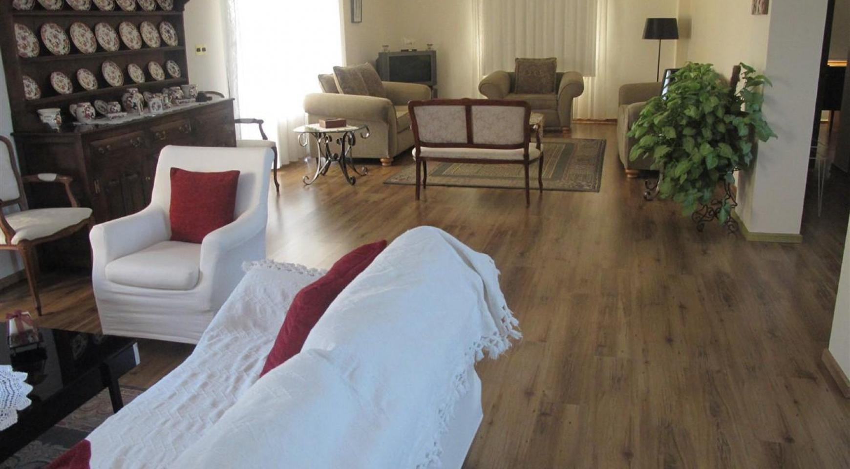 Просторная 5-Спальная Вилла в Районе Потамос Гермасойя - 14