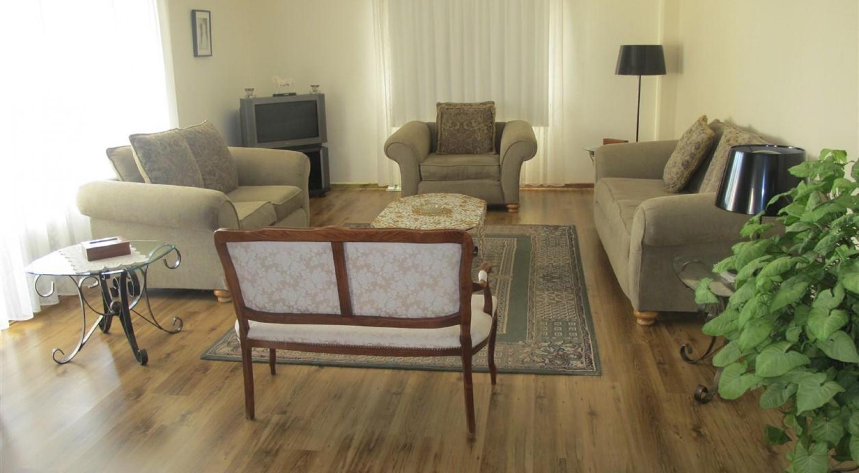 Просторная 5-Спальная Вилла в Районе Потамос Гермасойя - 12