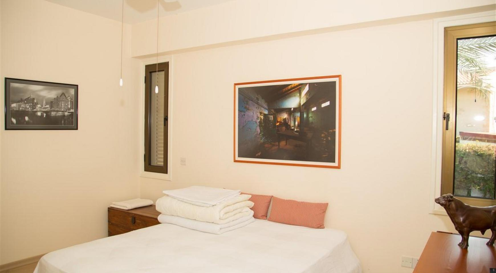Просторная 3-Спальная Квартира на Берегу Моря - 15