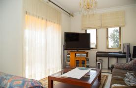 Просторная 2-Спальная Квартира на Берегу Моря  - 32