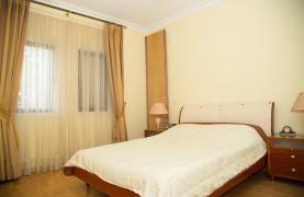 Просторная 2-Спальная Квартира на Берегу Моря  - 35