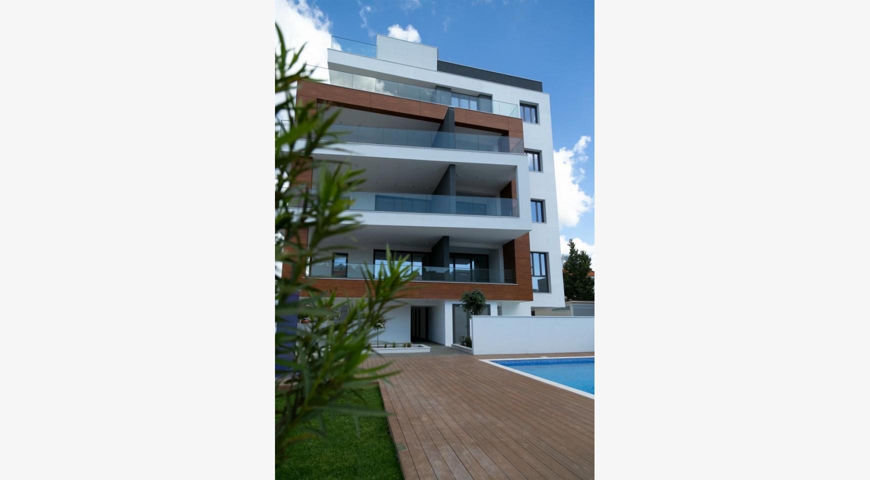 Malibu Residence. Современная Односпальная Квартира 101 в Районе Ротамос Гермасойя - 22