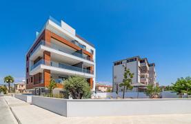 Malibu Residence. Современная Односпальная Квартира 101 в Районе Ротамос Гермасойя - 111