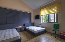 Элитная 4-Спальная Вилла возле Моря - 32