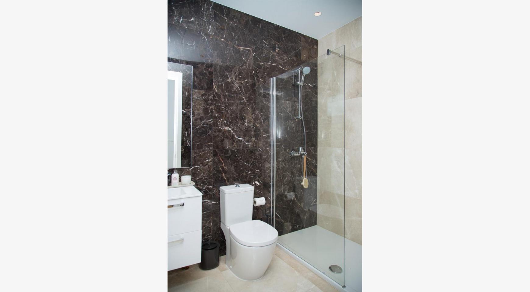Malibu Residence. Новая Современная 3-Спальная Квартира 202 в Элитном Комплексе - 30
