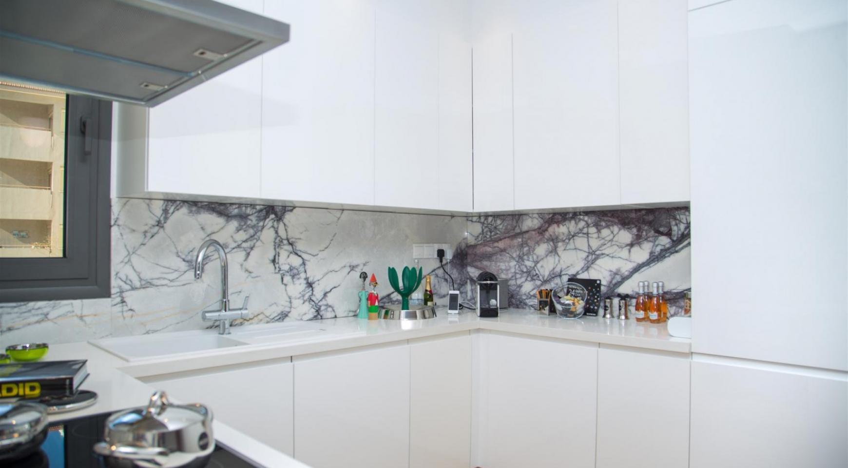 Malibu Residence. Новая Современная 3-Спальная Квартира 202 в Элитном Комплексе - 20