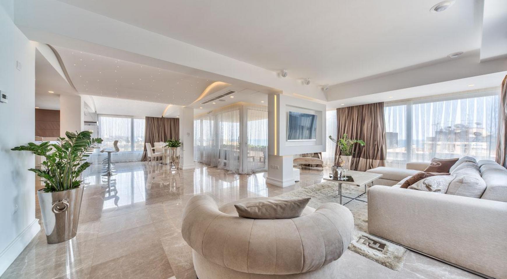 Malibu Residence. Новая Современная 3-Спальная Квартира 302 в Районе Потамос Гермасойя - 9