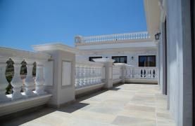 Эксклюзивная 6-спальная Вилла с Изумительными Видами на Море и Горы - 96