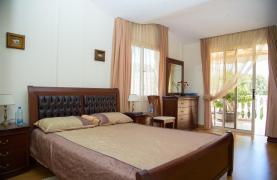 Элитная 4-Спальная Вилла возле Моря - 74