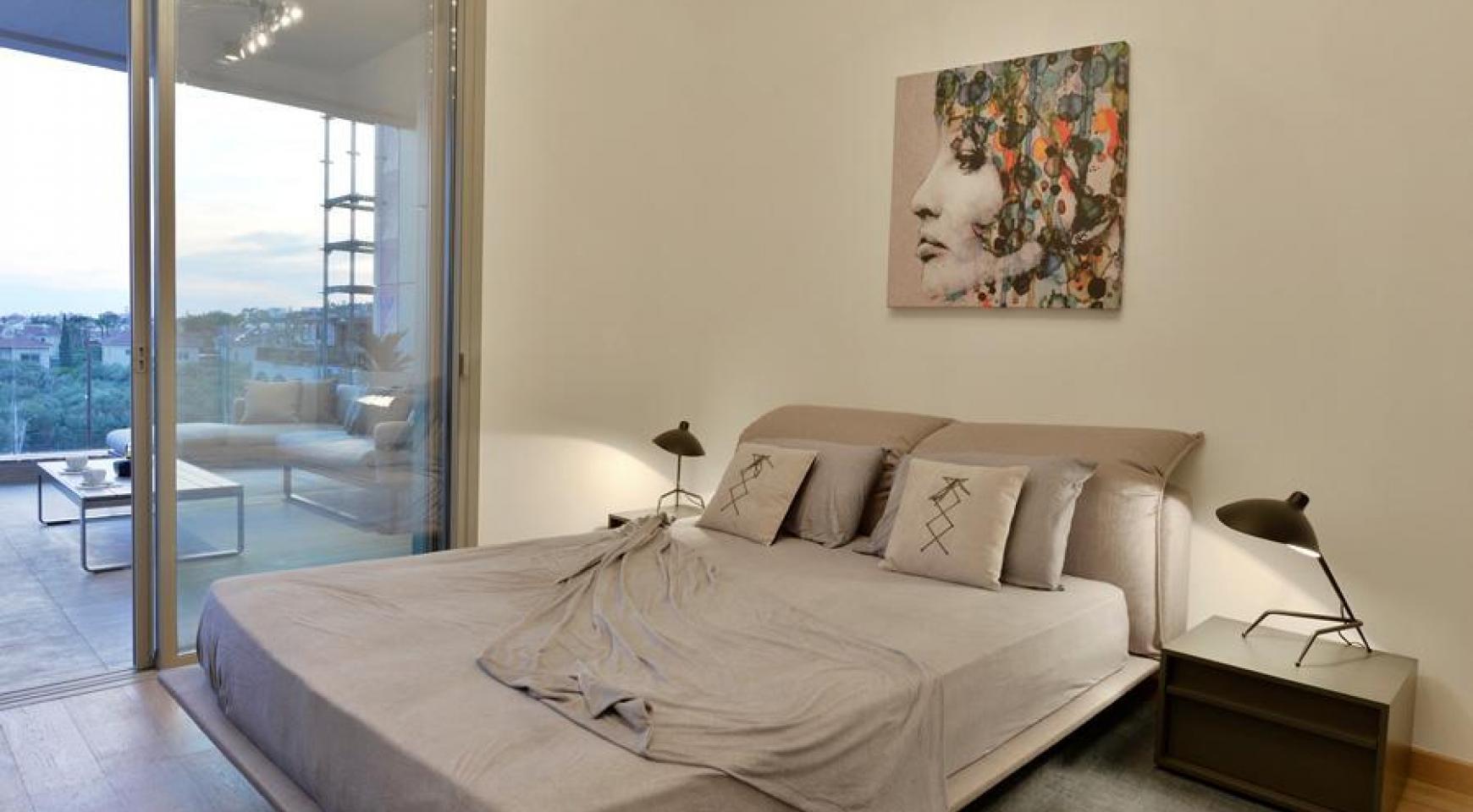 Элитная Двухуровневая Квартира с Частной Террасой возле Моря - 16