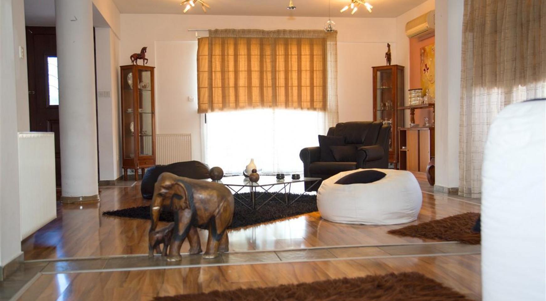 Просторный 7-Спальный Дом в Районе Mesa Geitonia - 8