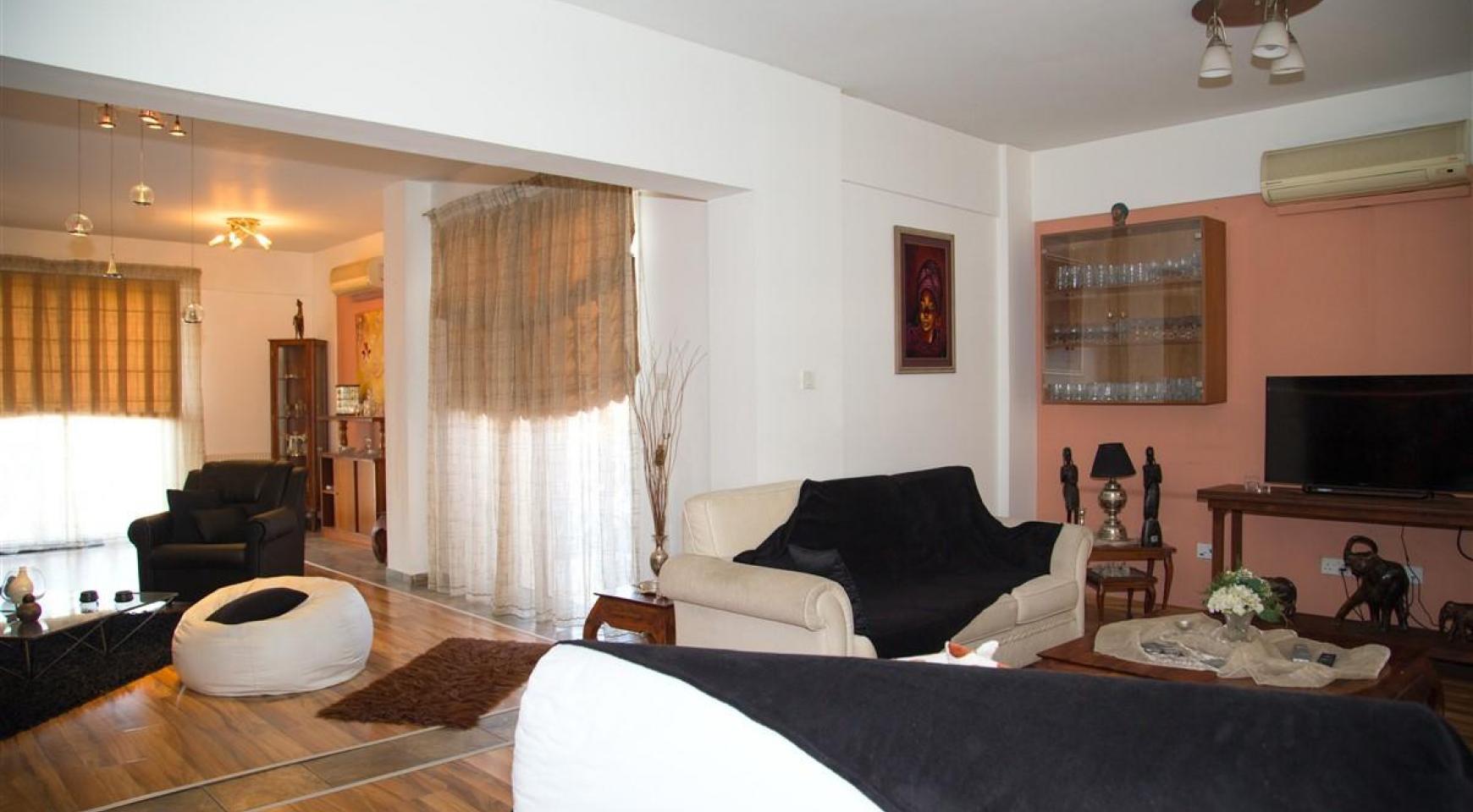 Просторный 7-Спальный Дом в Районе Mesa Geitonia - 7