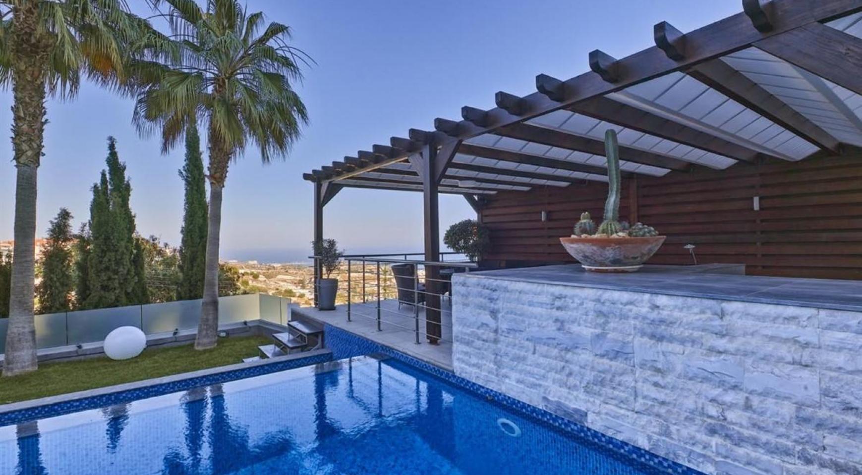 Элитная 5-Спальная Вилла с Изумительными Видами на Море и Горы в Районе Agios Tychonas - 3