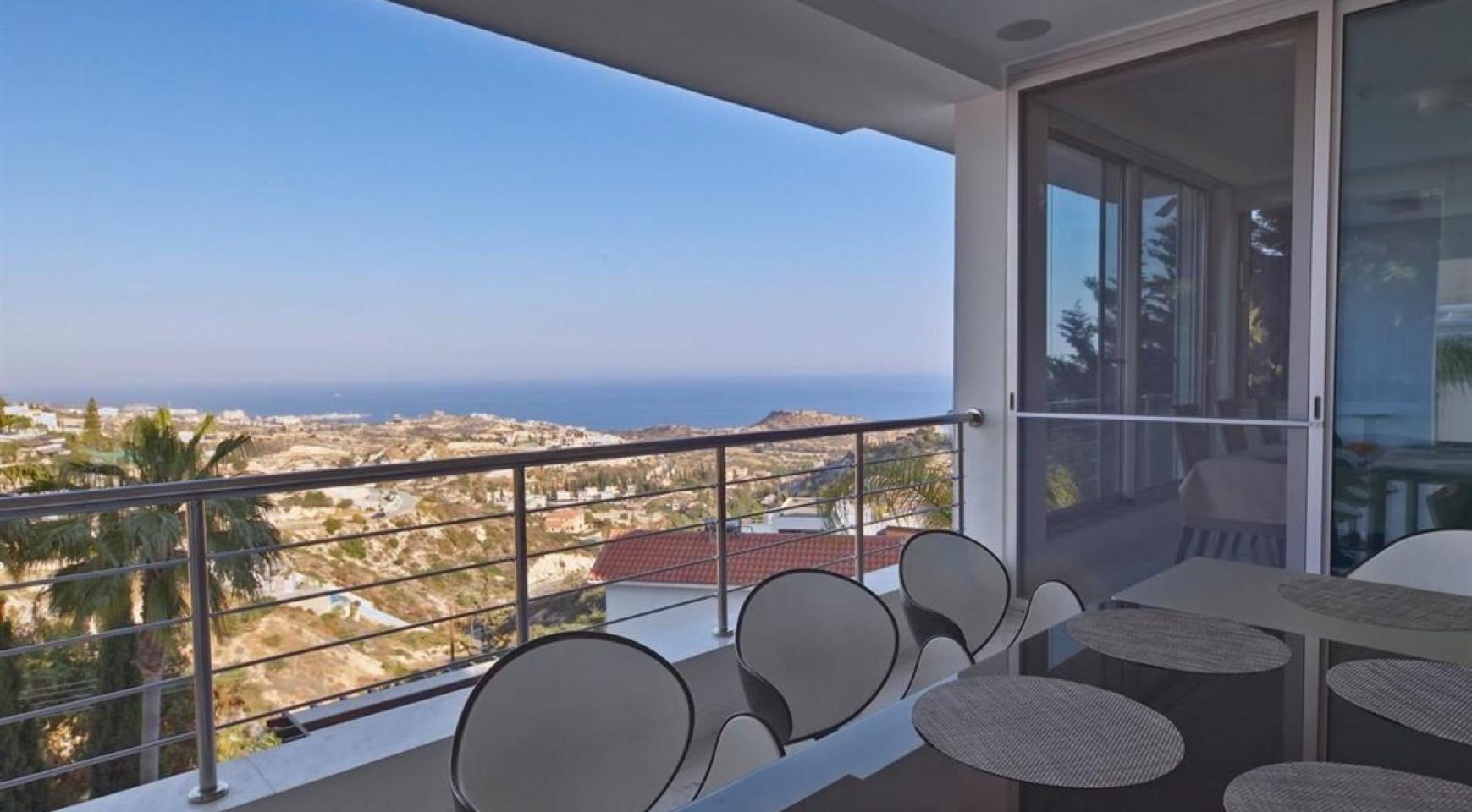 Элитная 5-Спальная Вилла с Изумительными Видами на Море и Горы в Районе Agios Tychonas - 4