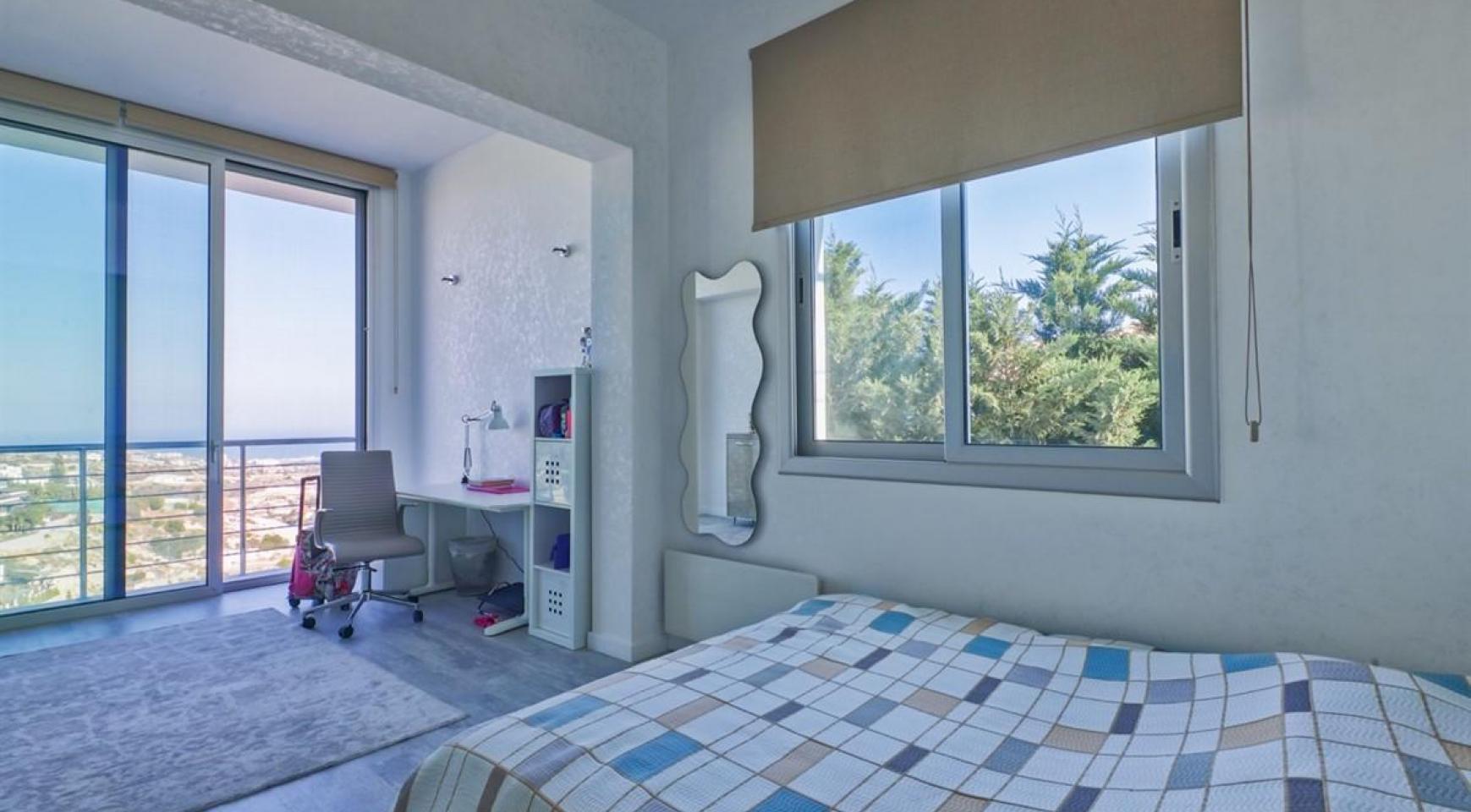 Элитная 5-Спальная Вилла с Изумительными Видами на Море и Горы в Районе Agios Tychonas - 21