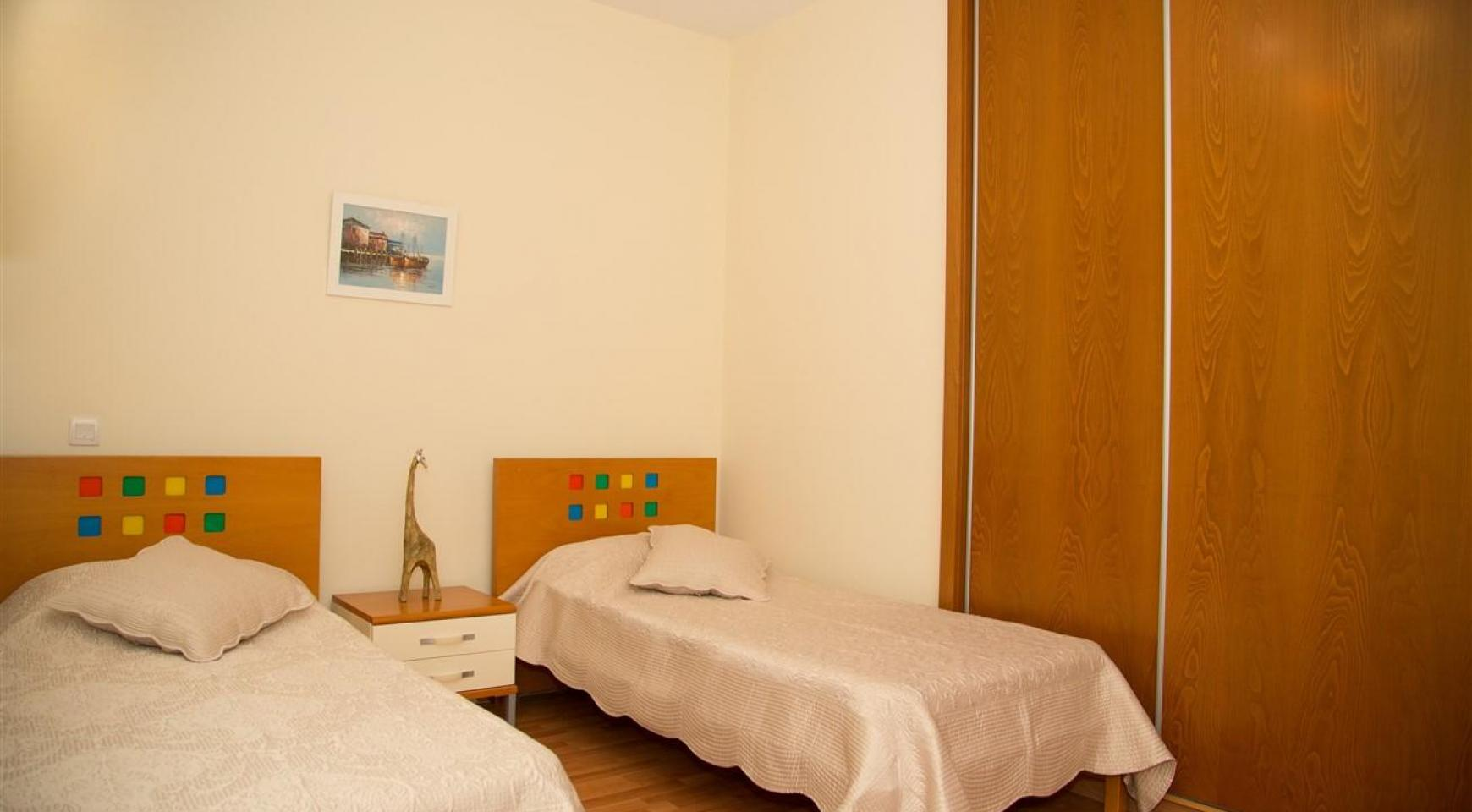 3-Спальная Квартира на Берегу Моря в Комплексе Thera   - 17