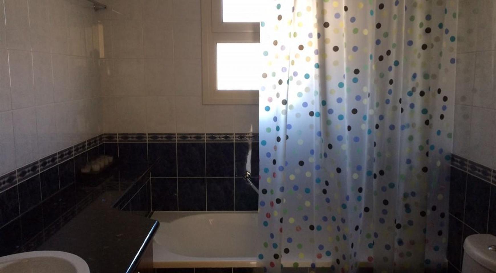 4-Спальный Дом в Престижном Комплексе на Набережной - 12