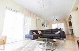 Новая Современная 4-Спальная Вилла в Районе Mouttagiaka - 32