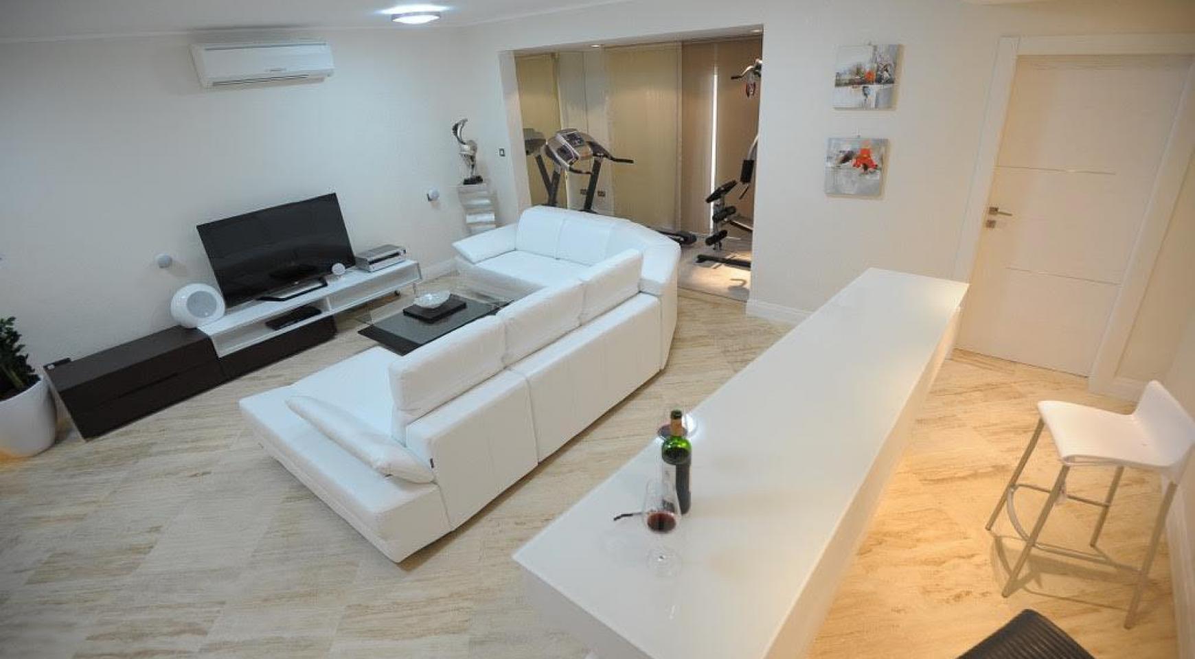 Новая Элитная 5-Спальная Вилла с Изумительными Видами в Районе  Agios Tychonas - 9