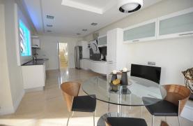 Новая Элитная 5-Спальная Вилла с Изумительными Видами в Районе  Agios Tychonas - 23