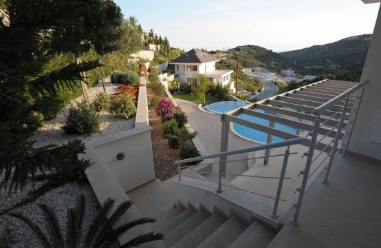 Новая Элитная 5-Спальная Вилла с Изумительными Видами в Районе  Agios Tychonas
