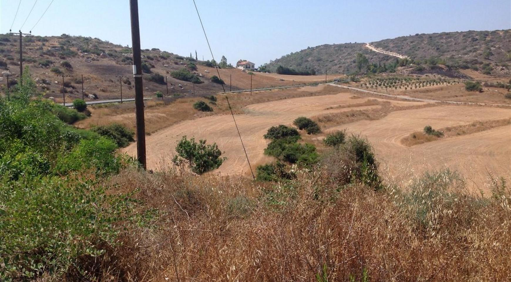 Большой Строительный Участок в Parekklisia - 3