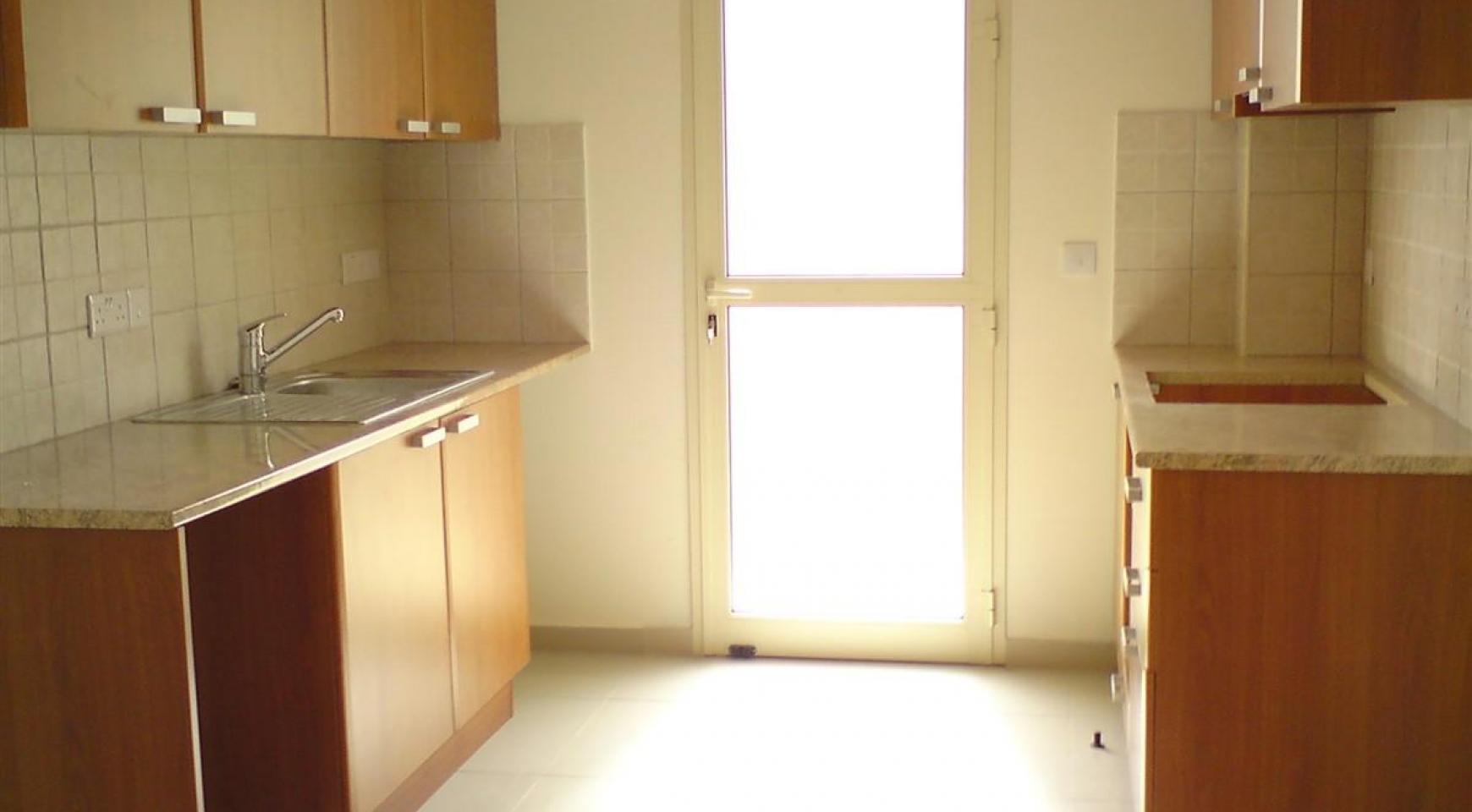 2-Спальная Квартира в Комплексе с Бассейном - 14