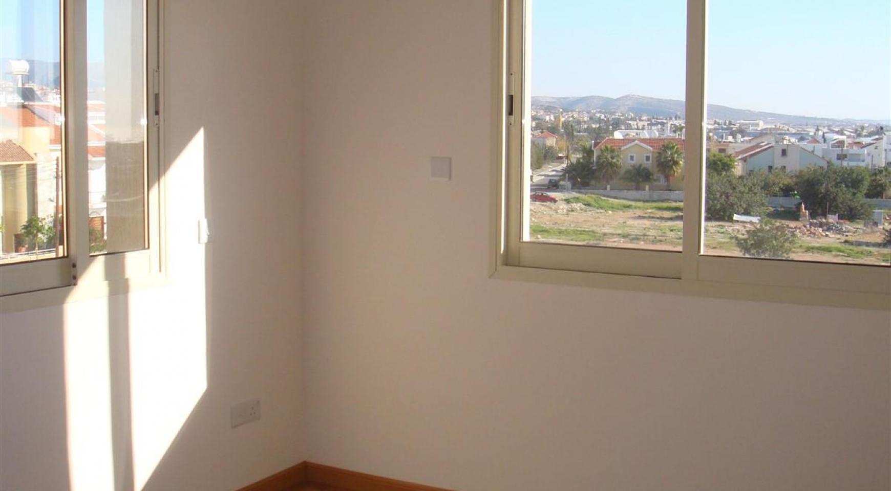 2-Спальная Квартира в Комплексе с Бассейном - 16