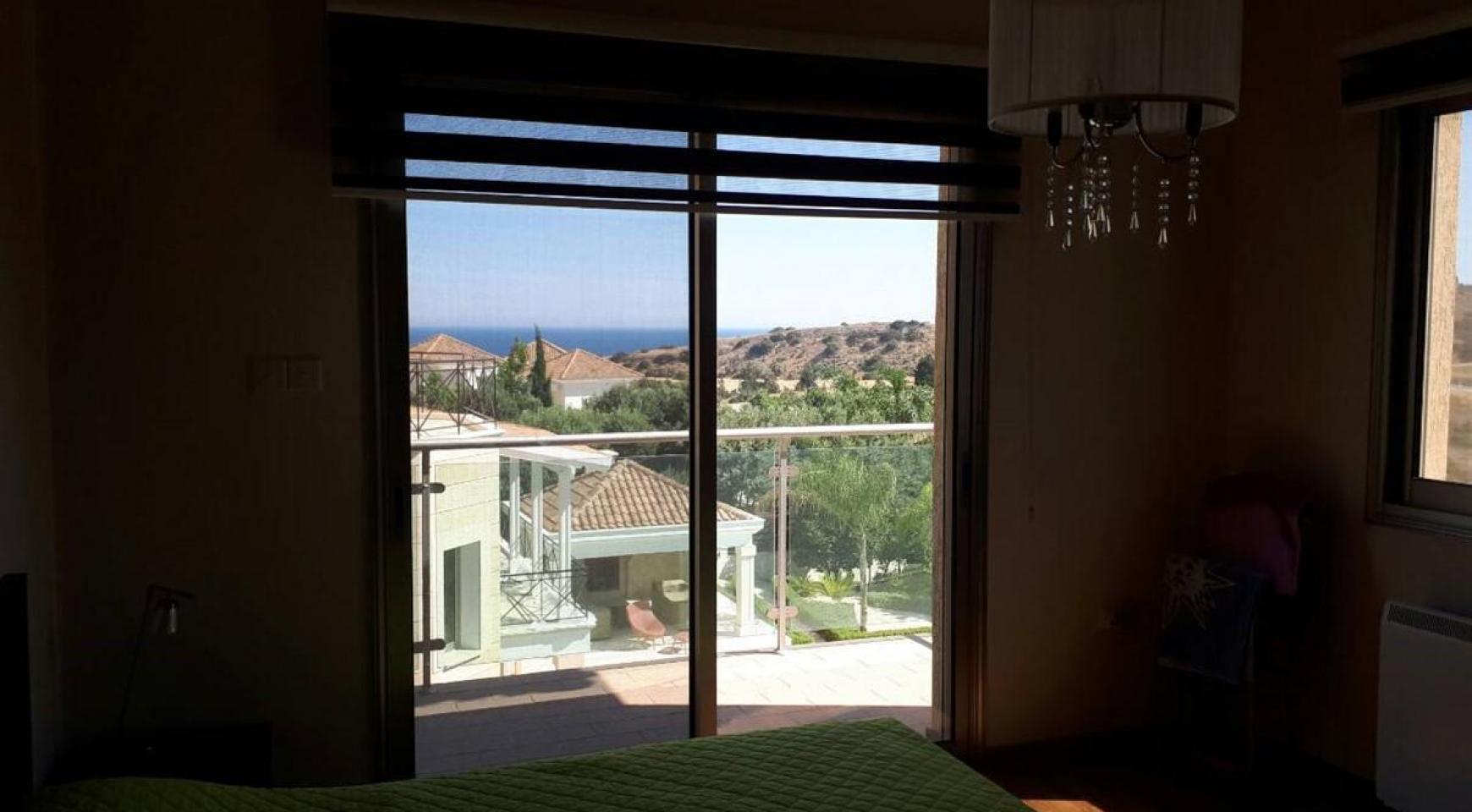Роскошная 4-Спальная Вилла с Великолепными Видами на Горы и Море - 25