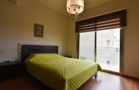 Роскошная 4-Спальная Вилла с Великолепными Видами на Горы и Море - 40