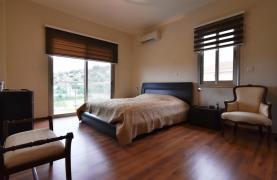 Роскошная 4-Спальная Вилла с Великолепными Видами на Горы и Море - 39