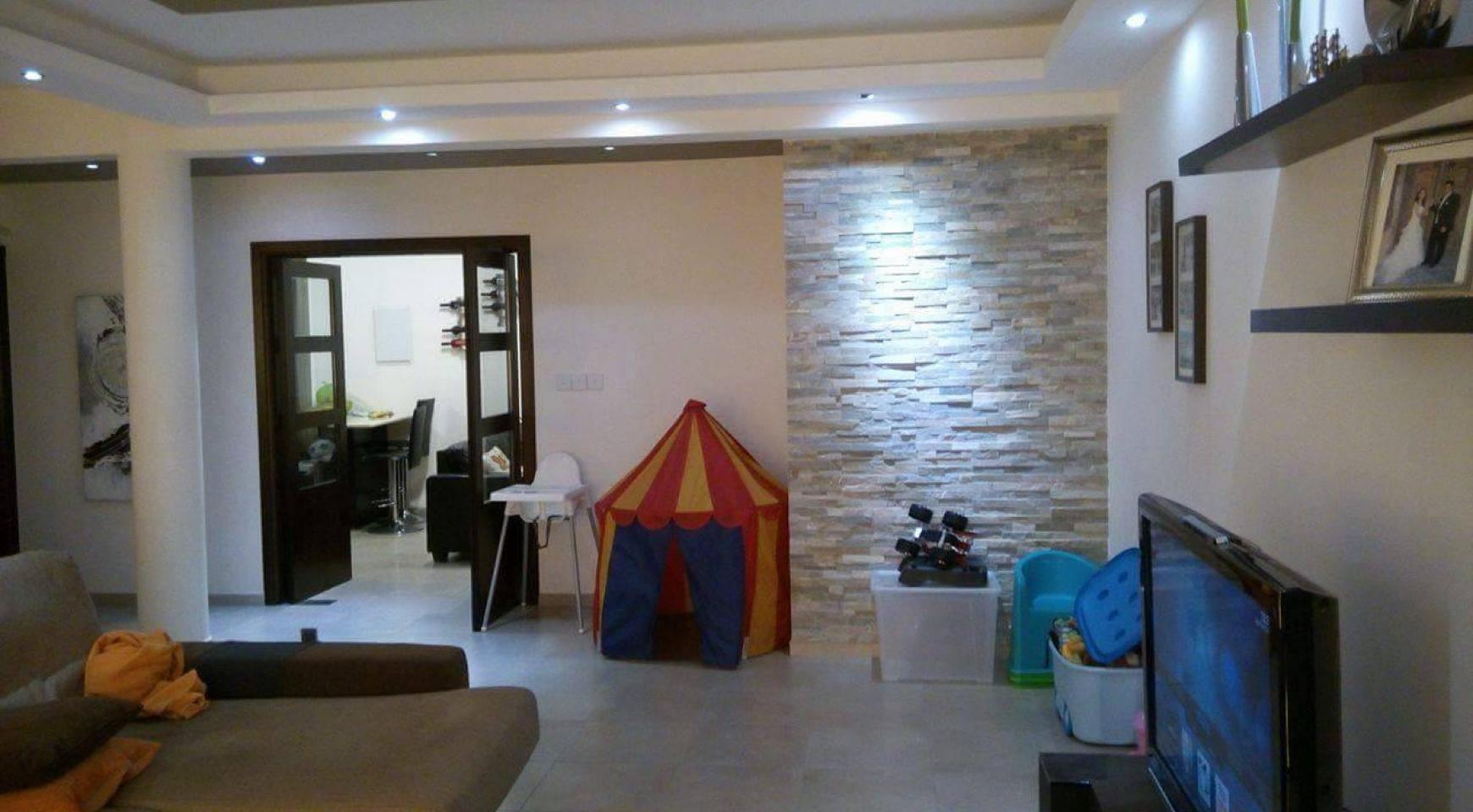 4-Спальный Дом в Районе Agios Athanasios - 15