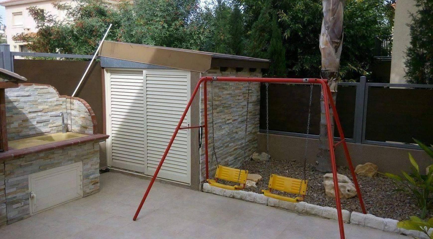 4-Спальный Дом в Районе Agios Athanasios - 7