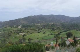Большой Строительный Участок с Великолепными Видами в Районе Finikaria - 4