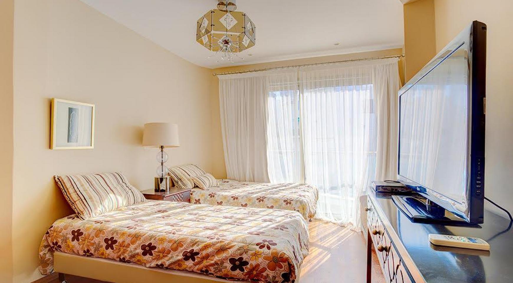 Элитная 3-Спальная Квартира на Первой Линии от Моря - 6