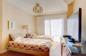 Элитная 3-Спальная Квартира на Первой Линии от Моря - 19