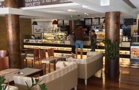 Лицензированное Кафе в Туристической Зоне - 13