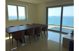 Просторная 3-Спальная Квартира в Эксклюзивном Комплексе возле Моря - 16
