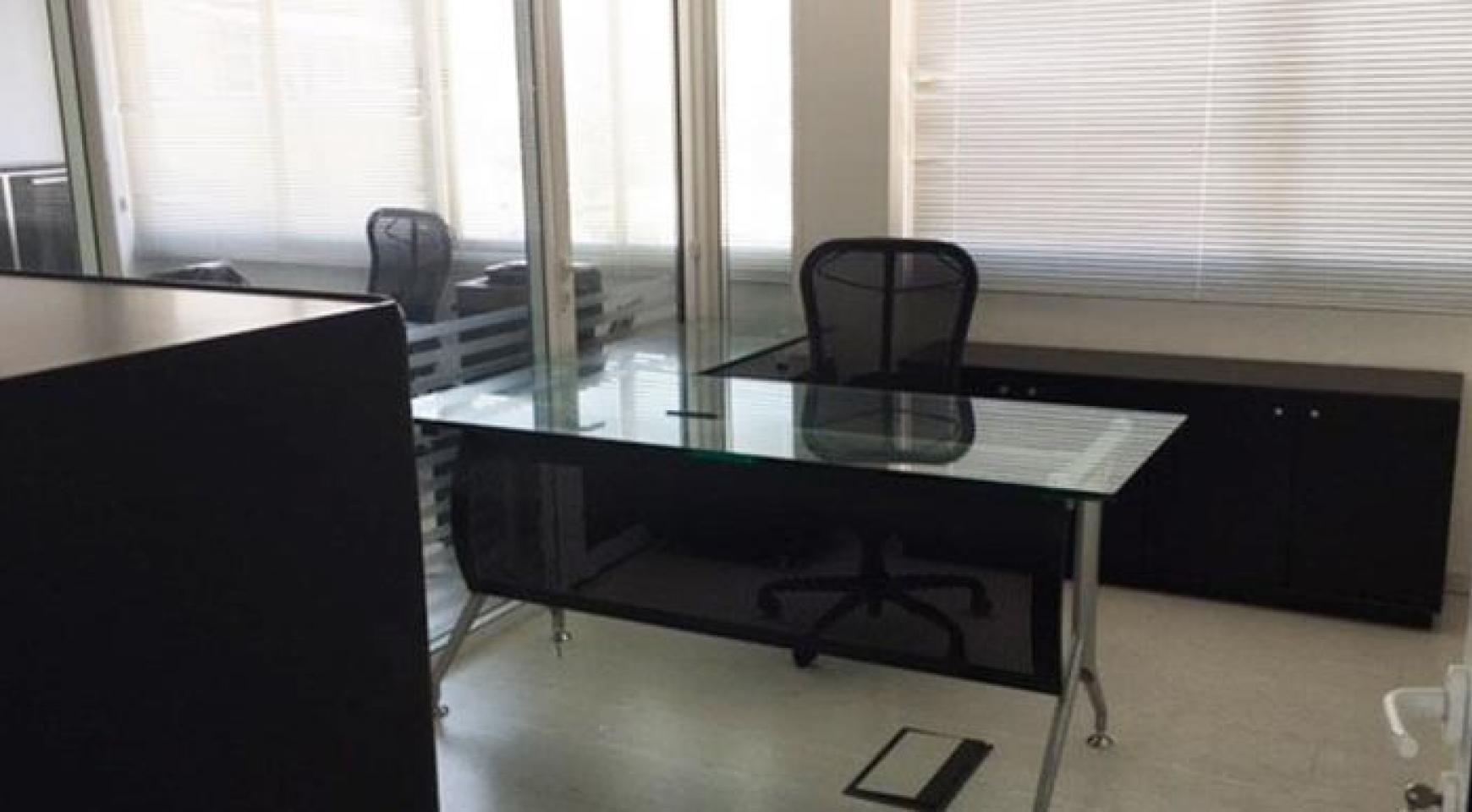 Офис на Продажу в Центре Города - 3
