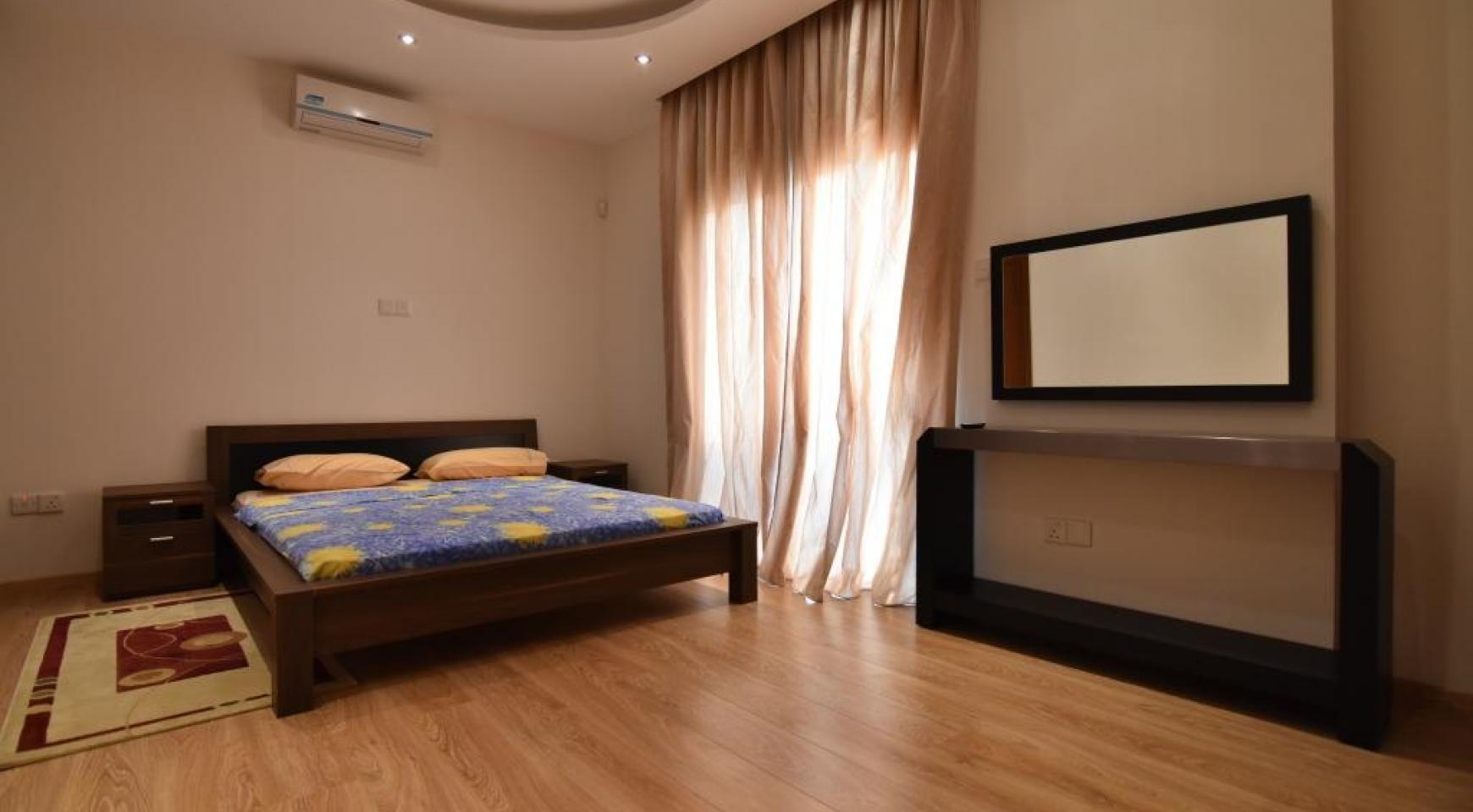 Современный 3-Спальный дом в Районе Папас - 12