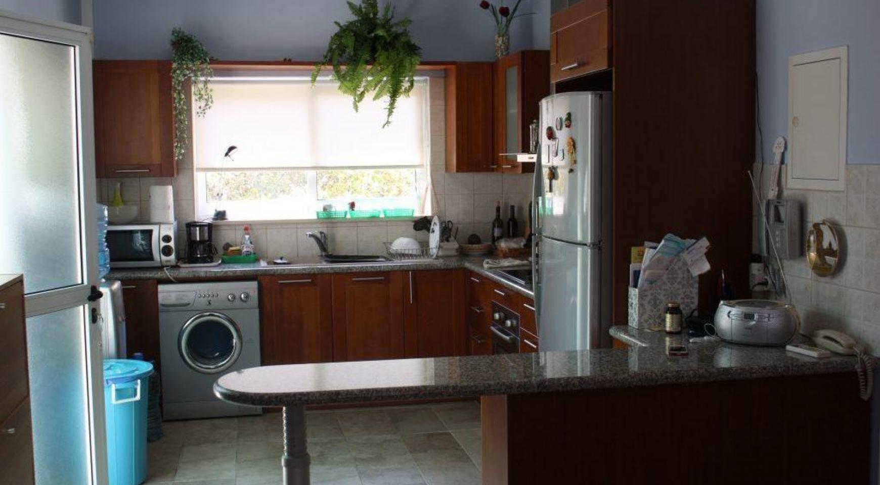 3-Спальный Дом в Районе Potamos Germasogeia - 7