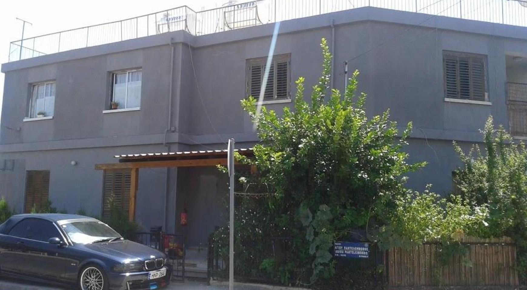 Земельный Участок с Домом в Районе Omonoia  - 1