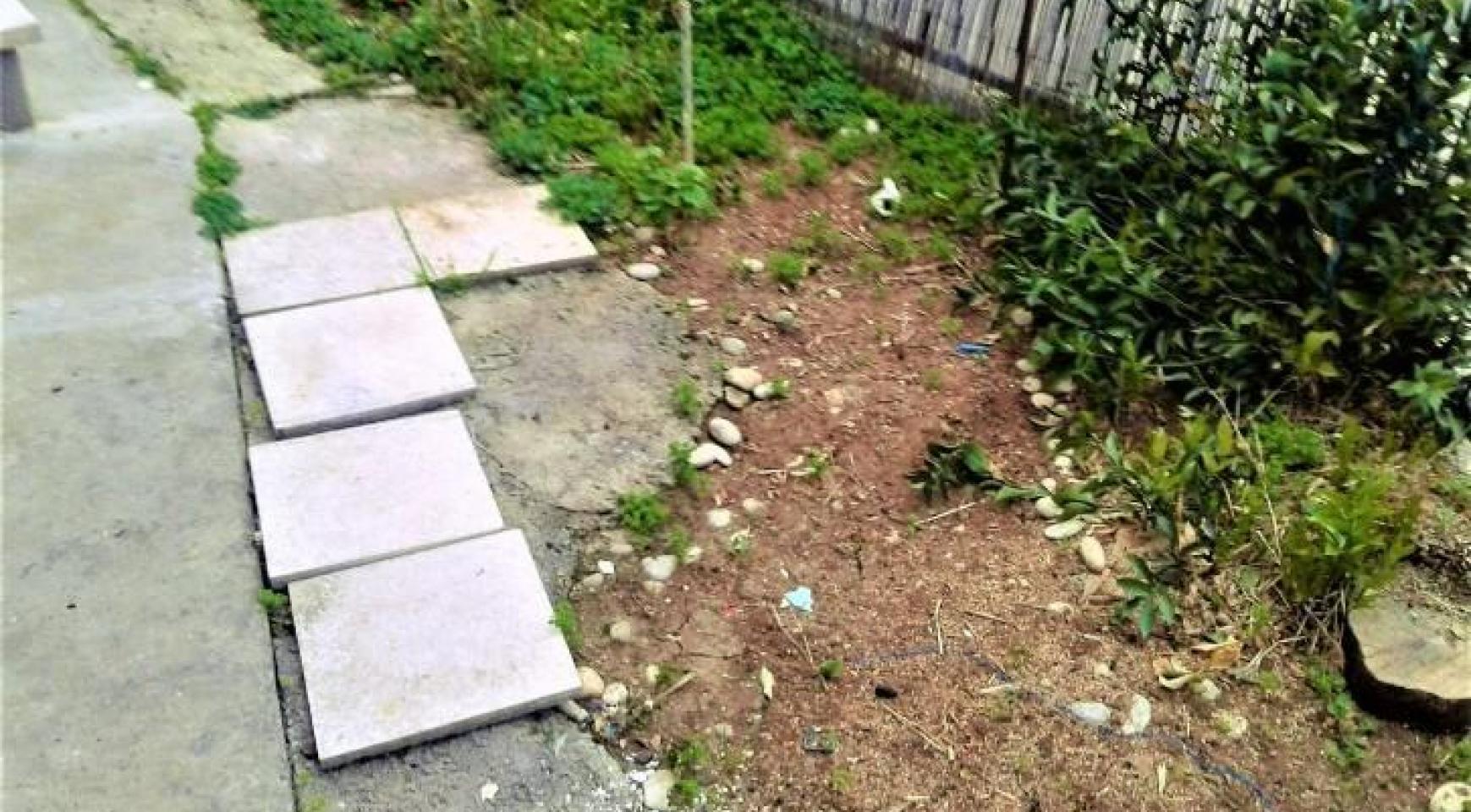Земельный Участок с Домом в Районе Omonoia  - 2