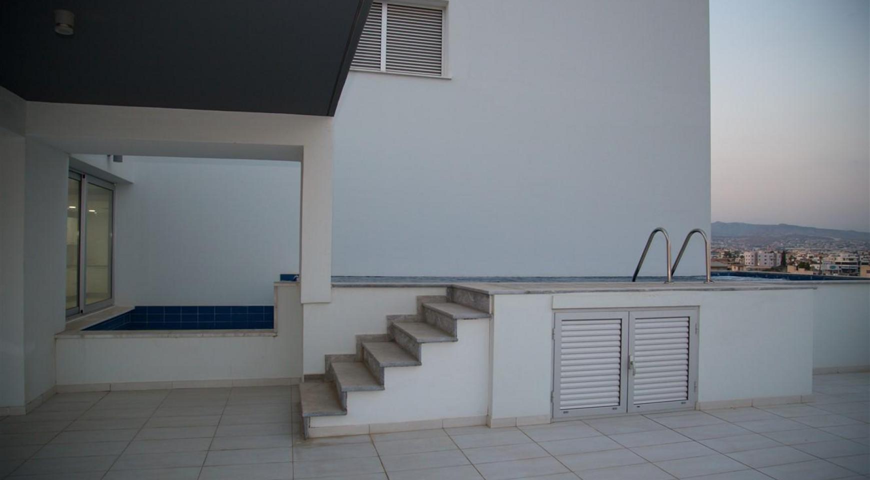 Элитный 3-Спальный Пентхаус с Частным Бассейном на Крыше - 29