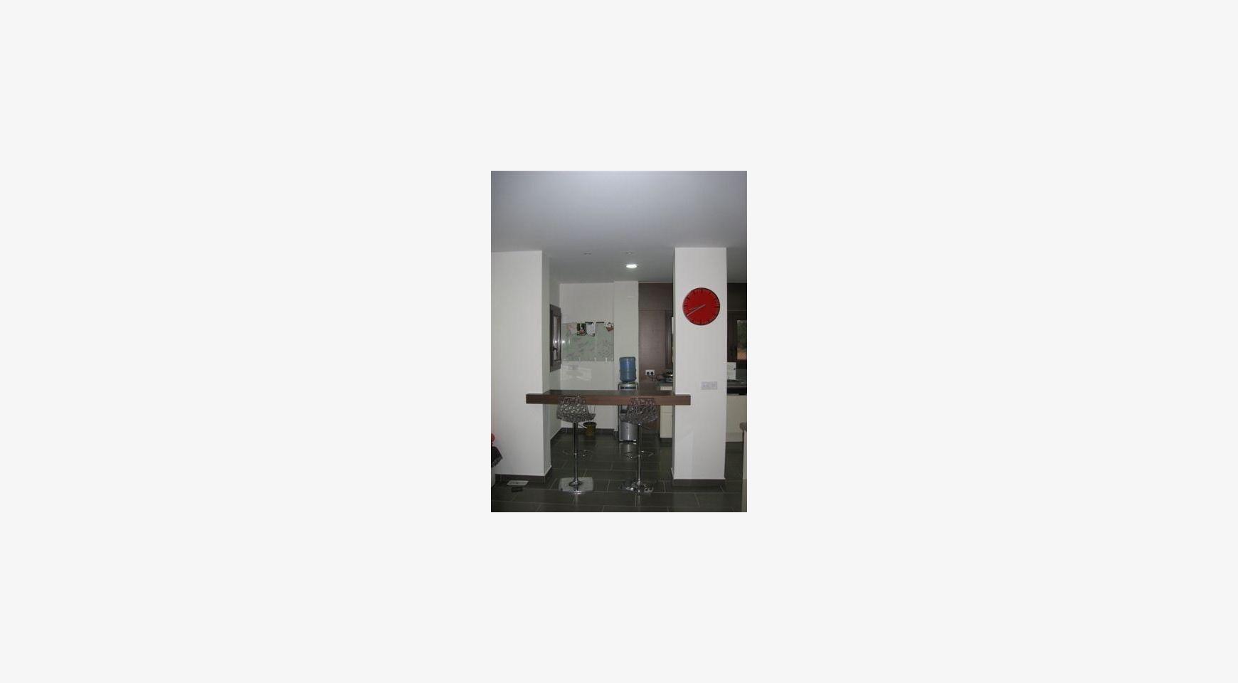 Просторный 4-Cпальный Дом в Районе Nisou - 29