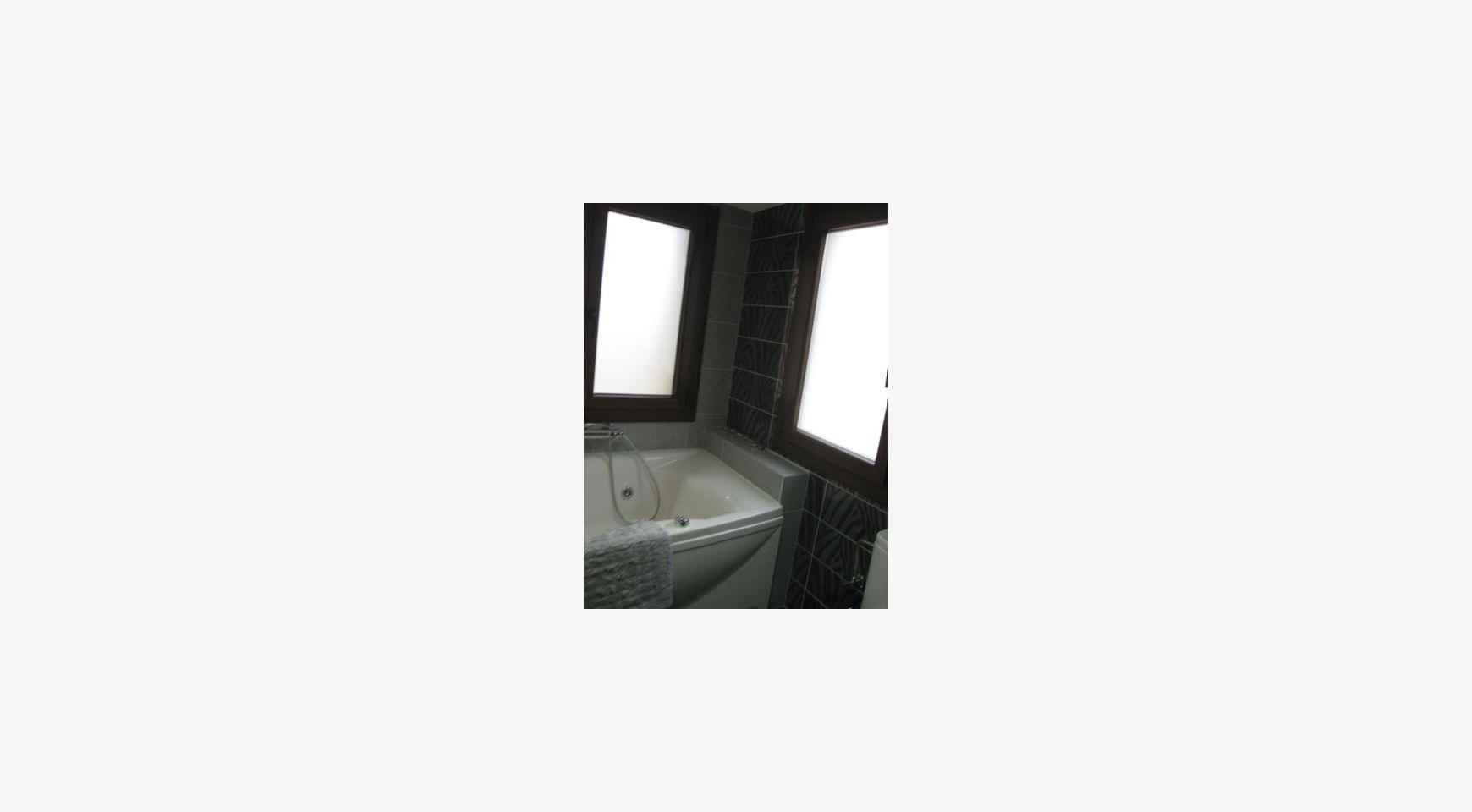 Просторный 4-Cпальный Дом в Районе Nisou - 45
