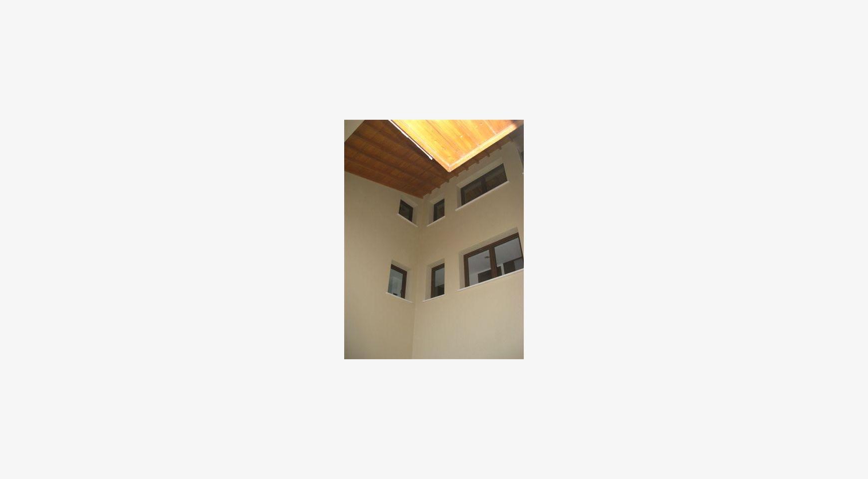 Просторный 4-Cпальный Дом в Районе Nisou - 2