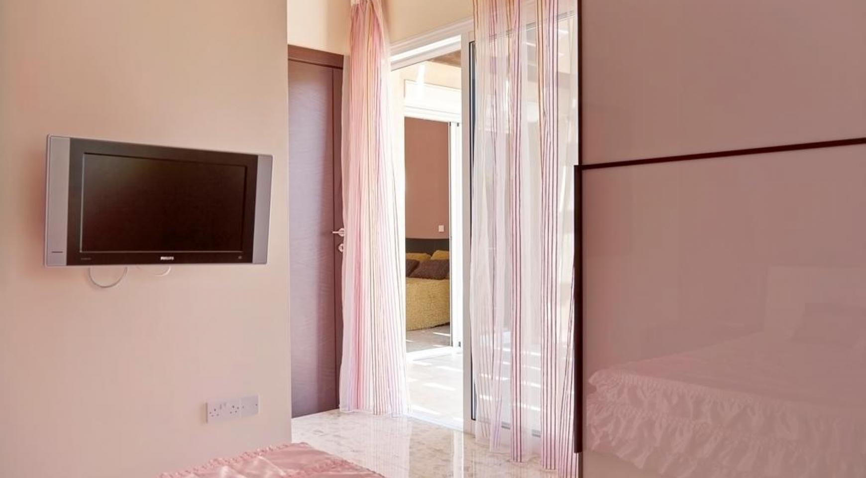 Красивая 3-спальная Вилла в Престижном Комплексе - 20
